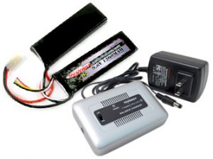 39168-Charger-and-Battery-Combo-1x250